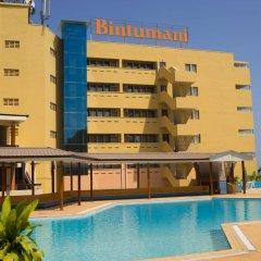 Отель Bintumani Hotel Сьерра-Леоне, Фритаун - отзывы, цены и фото номеров - забронировать отель Bintumani Hotel онлайн бассейн фото 2