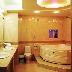 National Palace Hotel 4* Люкс повышенной комфортности разные типы кроватей