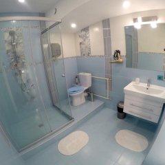 Гостиница HQ Hostelberry Номер с различными типами кроватей (общая ванная комната) фото 13