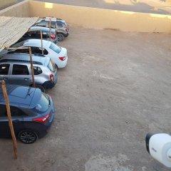 Отель Erg Chebbi Camp Марокко, Мерзуга - отзывы, цены и фото номеров - забронировать отель Erg Chebbi Camp онлайн парковка