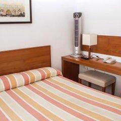 Отель Miera Испания, Льерганес - отзывы, цены и фото номеров - забронировать отель Miera онлайн удобства в номере фото 2