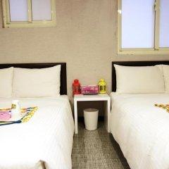 Отель Ximen Taipei DreamHouse 2* Стандартный семейный номер с различными типами кроватей фото 6