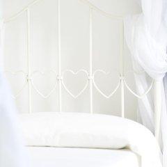 Отель B&B The Divine Италия, Вербания - отзывы, цены и фото номеров - забронировать отель B&B The Divine онлайн комната для гостей фото 5