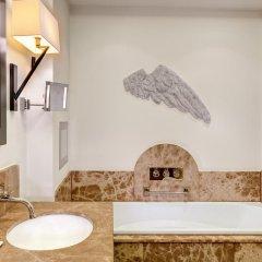 Отель Augustine, a Luxury Collection Hotel, Prague Чехия, Прага - отзывы, цены и фото номеров - забронировать отель Augustine, a Luxury Collection Hotel, Prague онлайн ванная