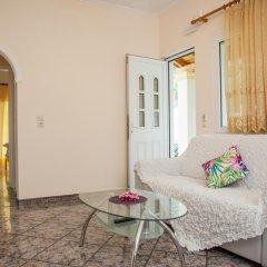 Апартаменты Brentanos Apartments ~ A ~ View of Paradise Апартаменты с различными типами кроватей фото 9