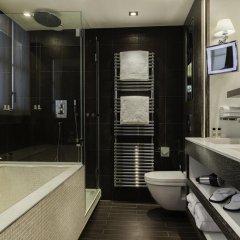 Отель Les Jardins De La Villa Париж ванная