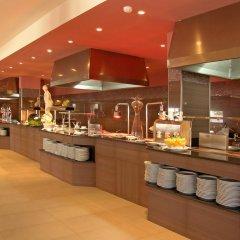 Отель Blau Punta Reina Resort питание