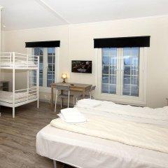 Airport Motel & Apartment Hostel комната для гостей фото 2