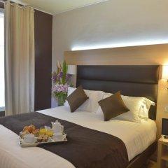 Hotel Unic Renoir Saint Germain в номере