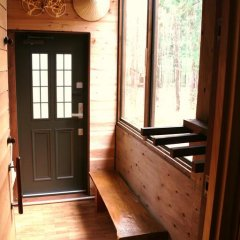 Отель Kamoshika cottage Hakuba Хакуба фото 4