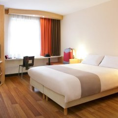 Отель Ibis Bratislava Centrum 3* Стандартный номер с различными типами кроватей фото 4