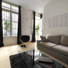 Апартаменты HELZEAR Montorgueil Marais Apartments комната для гостей