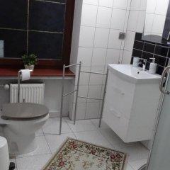 Отель Gosciniec Sarmata Польша, Познань - отзывы, цены и фото номеров - забронировать отель Gosciniec Sarmata онлайн ванная фото 2