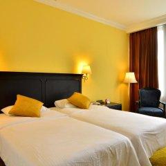 Отель The Tawana Bangkok 3* Улучшенный номер с разными типами кроватей фото 5