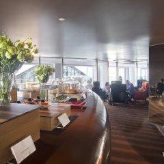 Отель Tower Club at lebua 5* Стандартный номер с различными типами кроватей фото 20