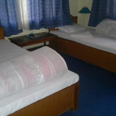 Отель Mount Fuji Непал, Покхара - отзывы, цены и фото номеров - забронировать отель Mount Fuji онлайн комната для гостей фото 3