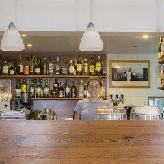 Отель Pico Мадалена гостиничный бар