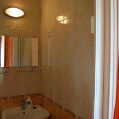 Отель Amigo Holiday Венгрия, Силвашварад - отзывы, цены и фото номеров - забронировать отель Amigo Holiday онлайн ванная