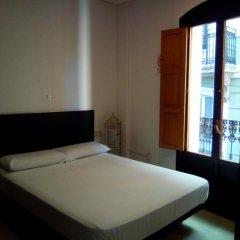 Отель Reina 12 Guest House Испания, Валенсия - отзывы, цены и фото номеров - забронировать отель Reina 12 Guest House онлайн комната для гостей