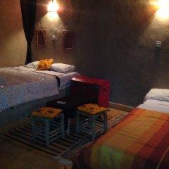 Отель Camels House Марокко, Мерзуга - отзывы, цены и фото номеров - забронировать отель Camels House онлайн комната для гостей фото 4