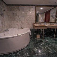 Гостиница Мандарин Москва 4* Номер Делюкс с двуспальной кроватью фото 21