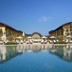 Отель The St. Regis Sanya Yalong Bay Resort – Villas бассейн
