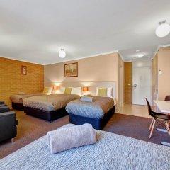 Отель Bendigo Central Deborah 3* Стандартный семейный номер с двуспальной кроватью фото 2