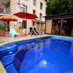 Гостиница Гостевой дом Европейский в Сочи 1 отзыв об отеле, цены и фото номеров - забронировать гостиницу Гостевой дом Европейский онлайн бассейн