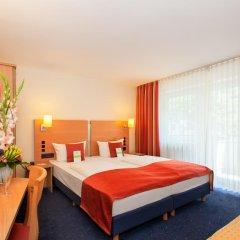 Favored Hotel Plaza 3* Стандартный номер с двуспальной кроватью фото 4