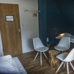 Trolltunga Hotel 2* Стандартный номер с различными типами кроватей (общая ванная комната) фото 4