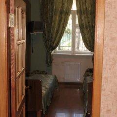 Гостиница У Фонтана Номер категории Эконом с различными типами кроватей фото 4