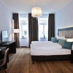 Отель Uhu Gastehaus Кёльн комната для гостей
