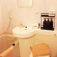 Отель K's House Tokyo Oasis Кровать в общем номере фото 18