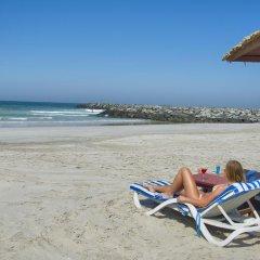Отель Ajman Beach Аджман пляж