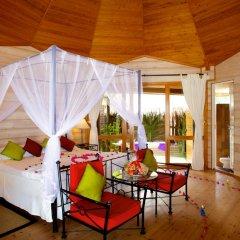 Отель Kuredu Island Resort 4* Вилла с различными типами кроватей фото 17