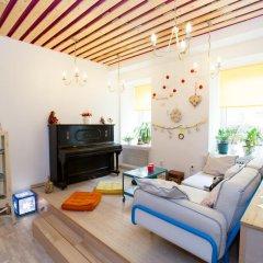 Гостиница Жилое помещение Влюбиться комната для гостей фото 3