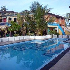 Deutsch Lanka Hotel & Restaurant бассейн