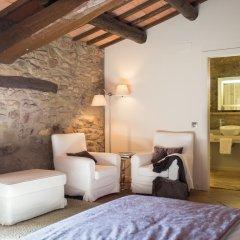 Отель La Garriga de Castelladral 4* Улучшенный номер с различными типами кроватей фото 5