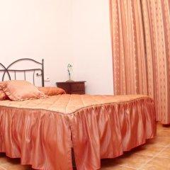 Отель Chalet Arroyo Испания, Кониль-де-ла-Фронтера - отзывы, цены и фото номеров - забронировать отель Chalet Arroyo онлайн комната для гостей фото 4