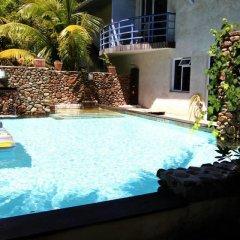 Отель Residence Les Cocotiers Французская Полинезия, Папеэте - отзывы, цены и фото номеров - забронировать отель Residence Les Cocotiers онлайн бассейн