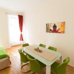 Отель CheckVienna - Lassallestrasse Апартаменты с различными типами кроватей фото 4