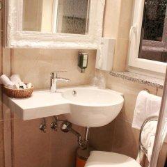 Hotel Grahor 4* Улучшенный номер с двуспальной кроватью фото 14
