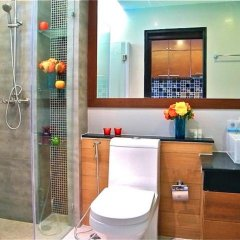 Апартаменты Sea & Sky Karon 2 bedrooms Apartment Sea View ванная