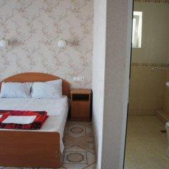 Гостиница 98 Kati Solovyanovoy Guest House в Анапе отзывы, цены и фото номеров - забронировать гостиницу 98 Kati Solovyanovoy Guest House онлайн Анапа ванная