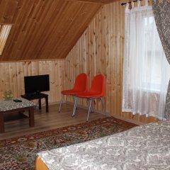 Гостиница Золотые Пески комната для гостей фото 3
