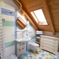Отель Haus Romen Аппиано-сулла-Страда-дель-Вино ванная