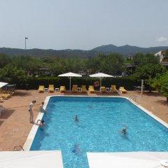 Отель Mas Torrellas Испания, Санта-Кристина-де-Аро - отзывы, цены и фото номеров - забронировать отель Mas Torrellas онлайн бассейн фото 2