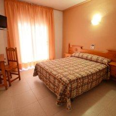 Отель Hostal Los Manos Испания, Бланес - отзывы, цены и фото номеров - забронировать отель Hostal Los Manos онлайн комната для гостей фото 3