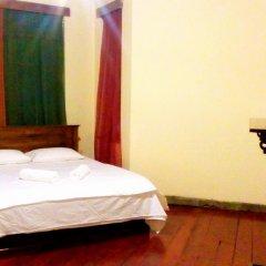 Nuwara Eliya Hostel by Backpack Lanka Стандартный номер с двуспальной кроватью (общая ванная комната) фото 6