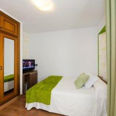 Отель Apolo Испания, Аинса - отзывы, цены и фото номеров - забронировать отель Apolo онлайн комната для гостей фото 3